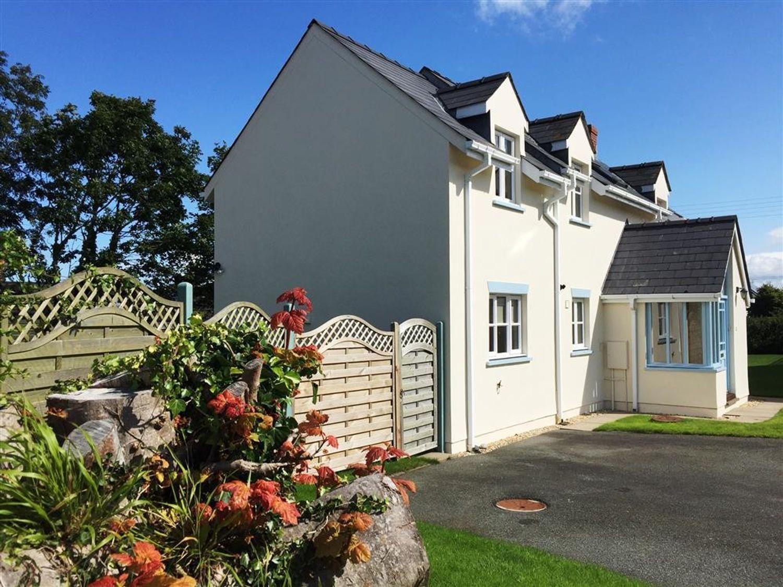 11 Parc yr Eglwys - South Wales - 1035664 - photo 1