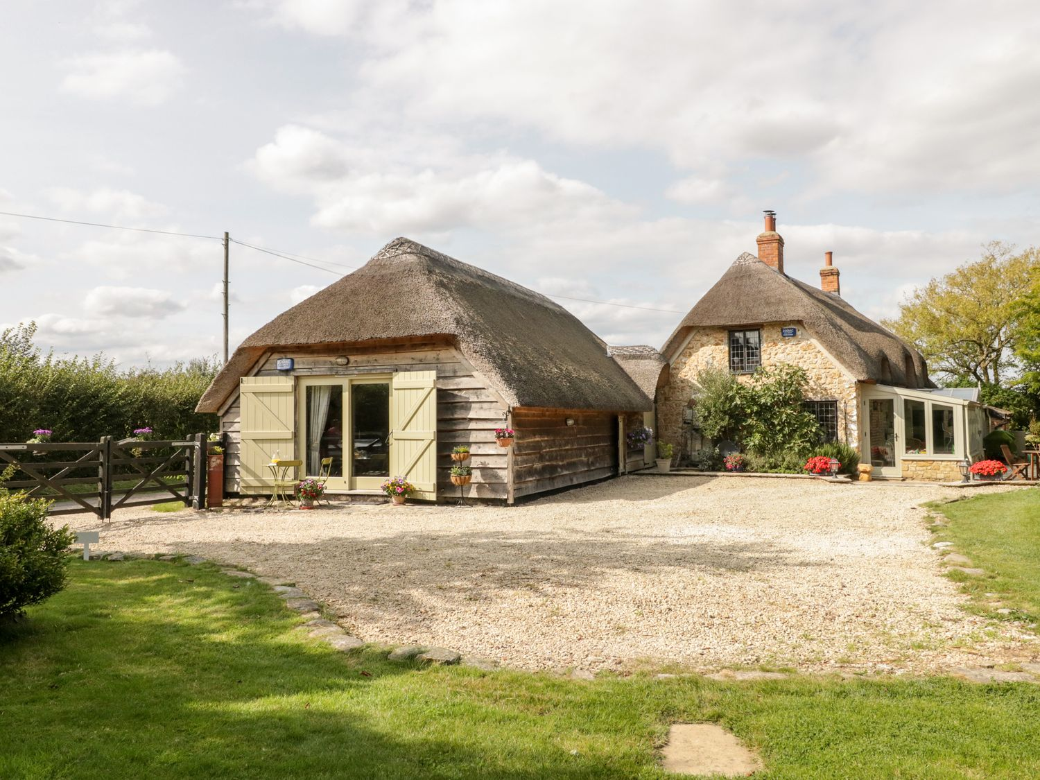 The Barn at Rapps Cottage - Somerset & Wiltshire - 1054569 - photo 1