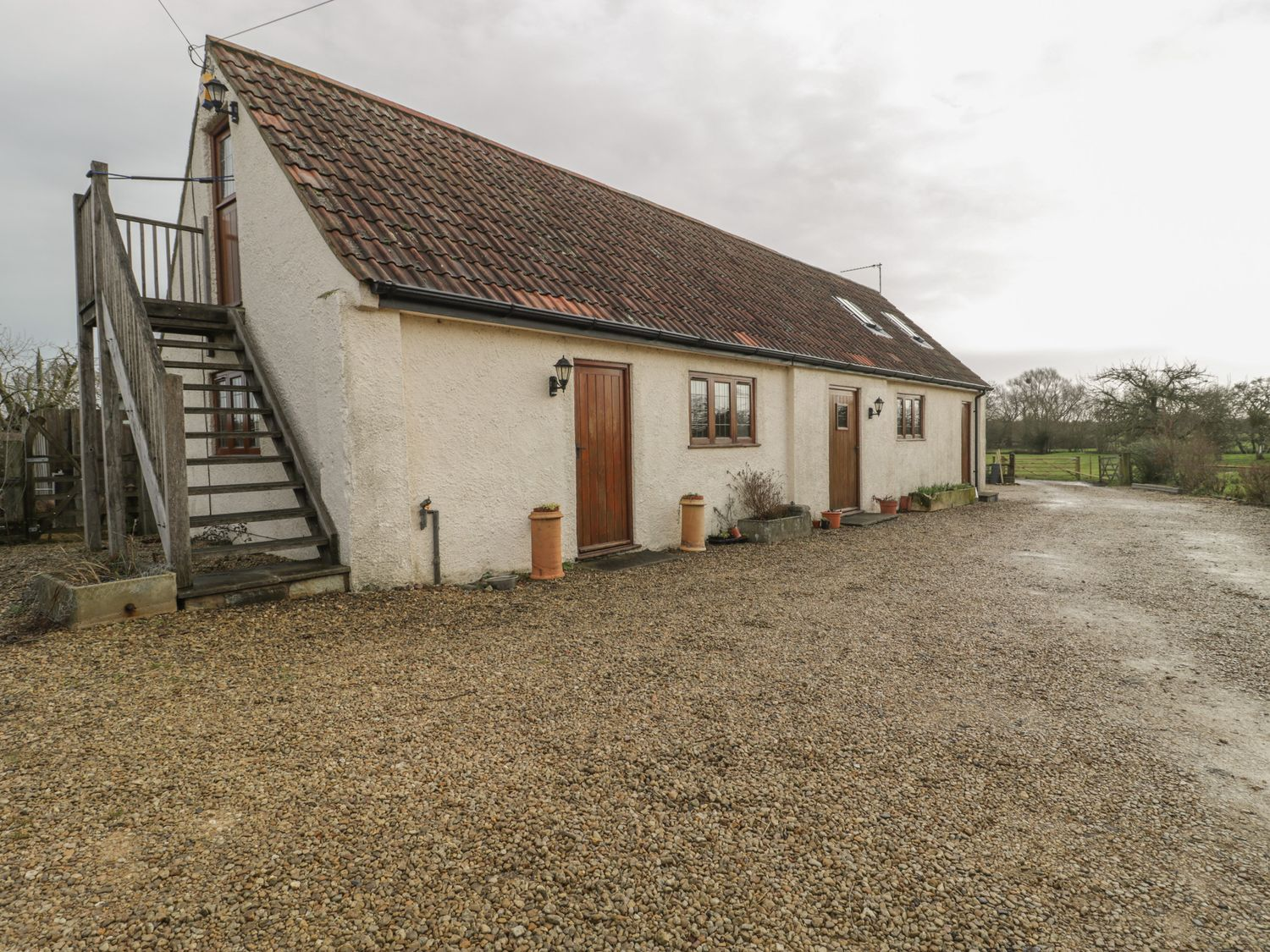 The Stables - Somerset & Wiltshire - 1057778 - photo 1