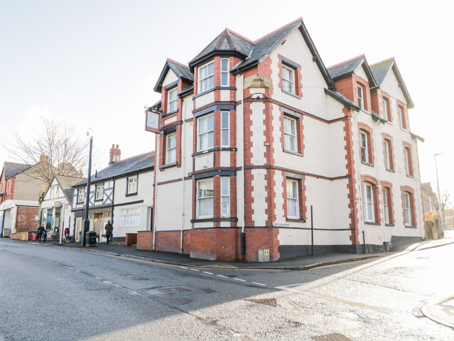Ship 2 - North Wales - 1057926 - photo 1