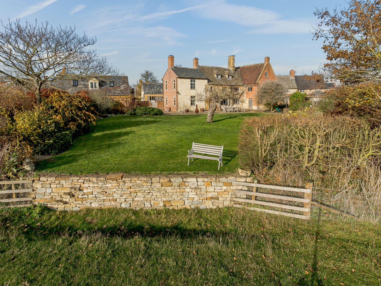 Manor Farm House 6 - Cotswolds - 1060309 - photo 1