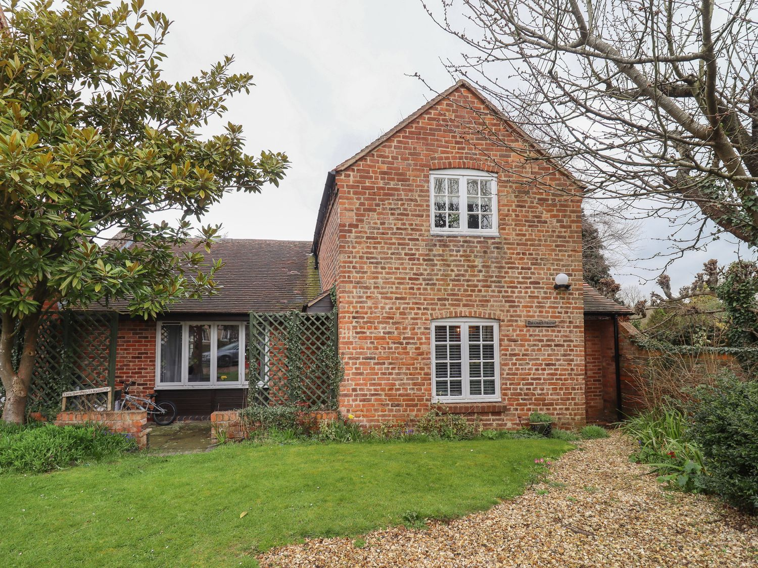 The Coach House Apartment - Cotswolds - 1061403 - photo 1