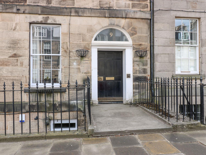 9/2 Albany Street - Scottish Lowlands - 1071615 - photo 1