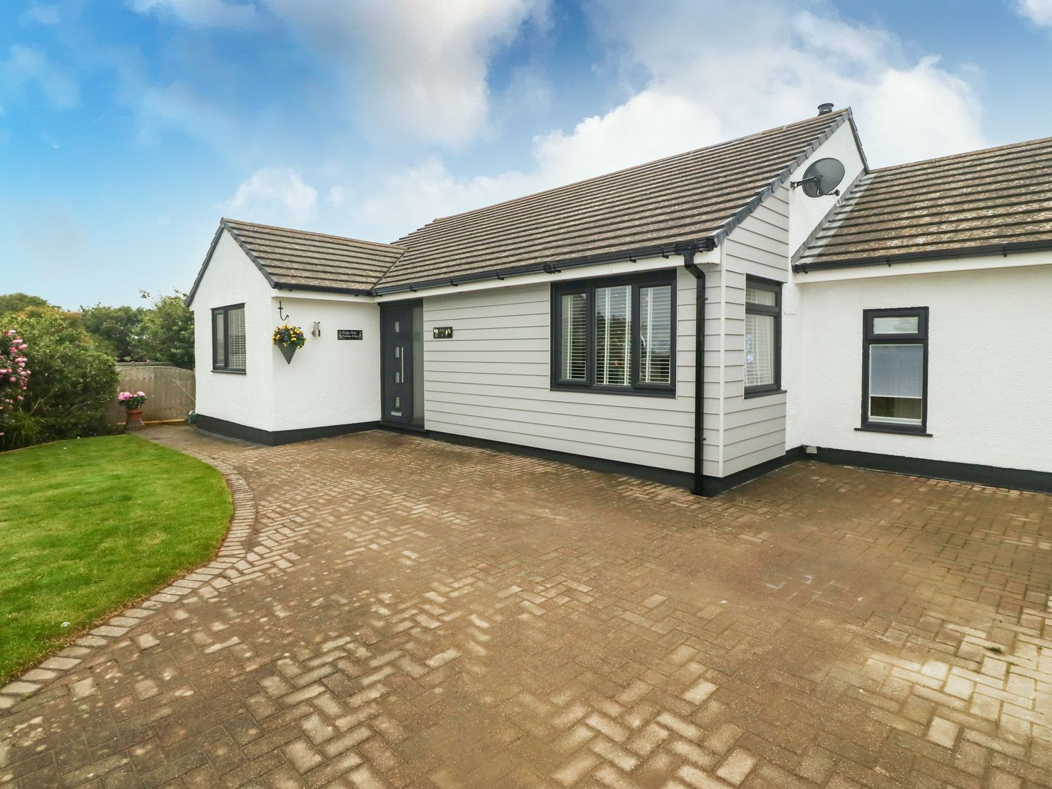 Bwthyn Eirlys (Snowdrop Cottage) - Anglesey - 1076049 - photo 1