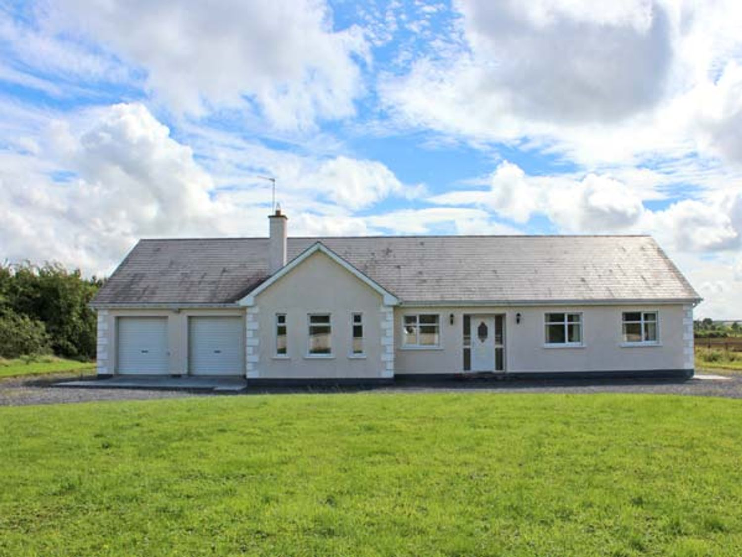 Mees House - Shancroagh & County Galway - 27514 - photo 1
