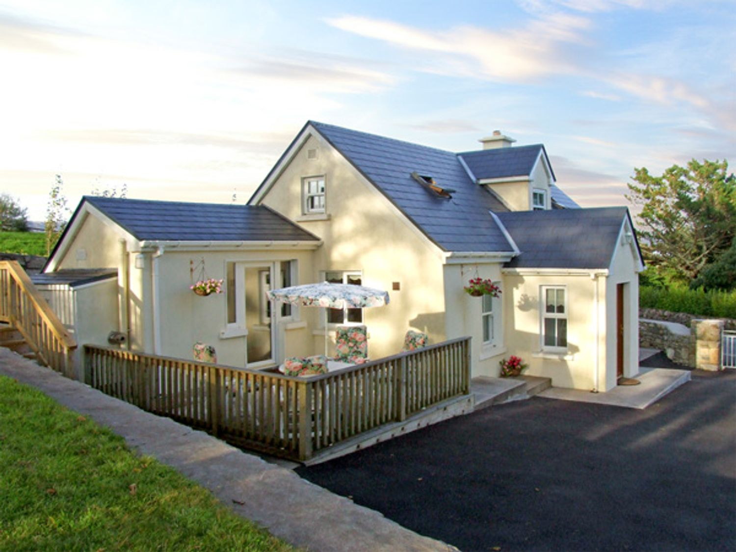 1 Clancy Cottages - Shancroagh & County Galway - 3706 - photo 1