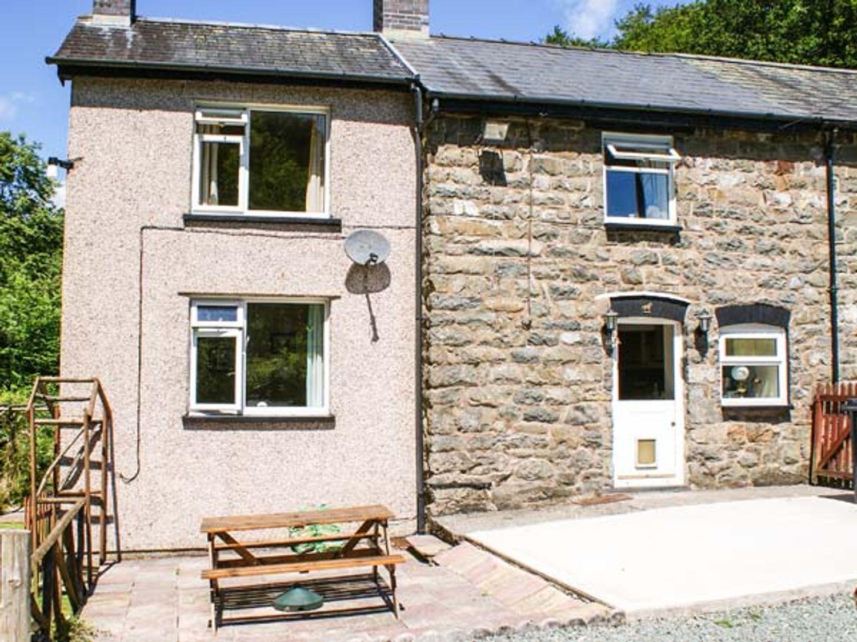 2 Llawrcoed Isaf - Mid Wales - 6745 - photo 1