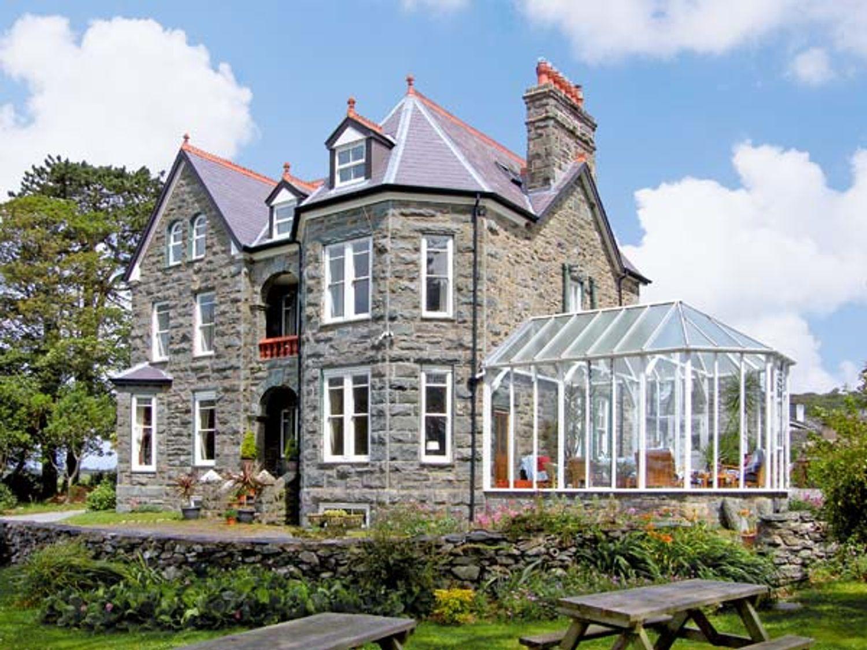 Pensarn Hall - North Wales - 7117 - photo 1
