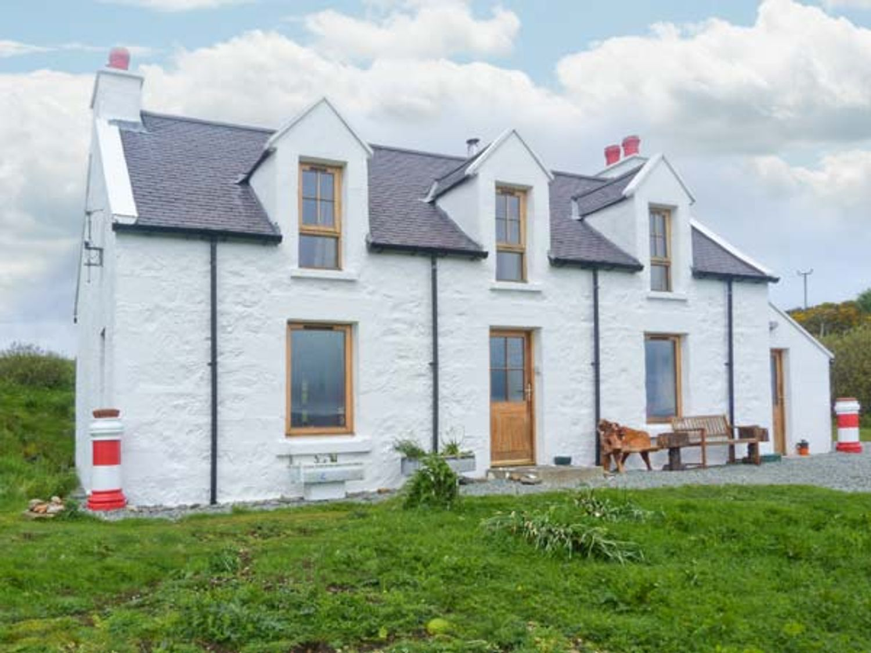 Red Chimneys Cottage - Scottish Highlands - 912285 - photo 1