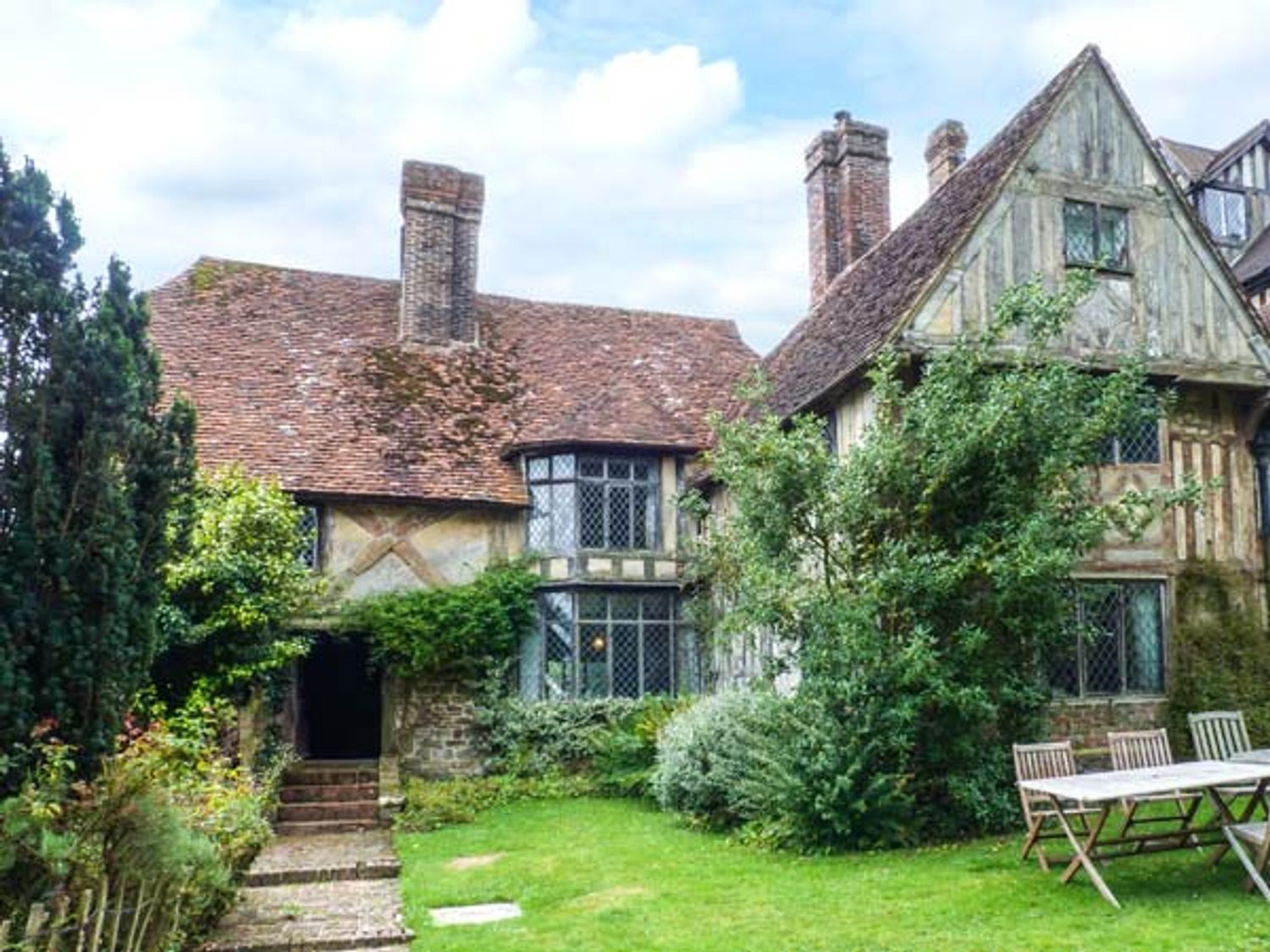 Tudor Wing - Kent & Sussex - 916860 - photo 1