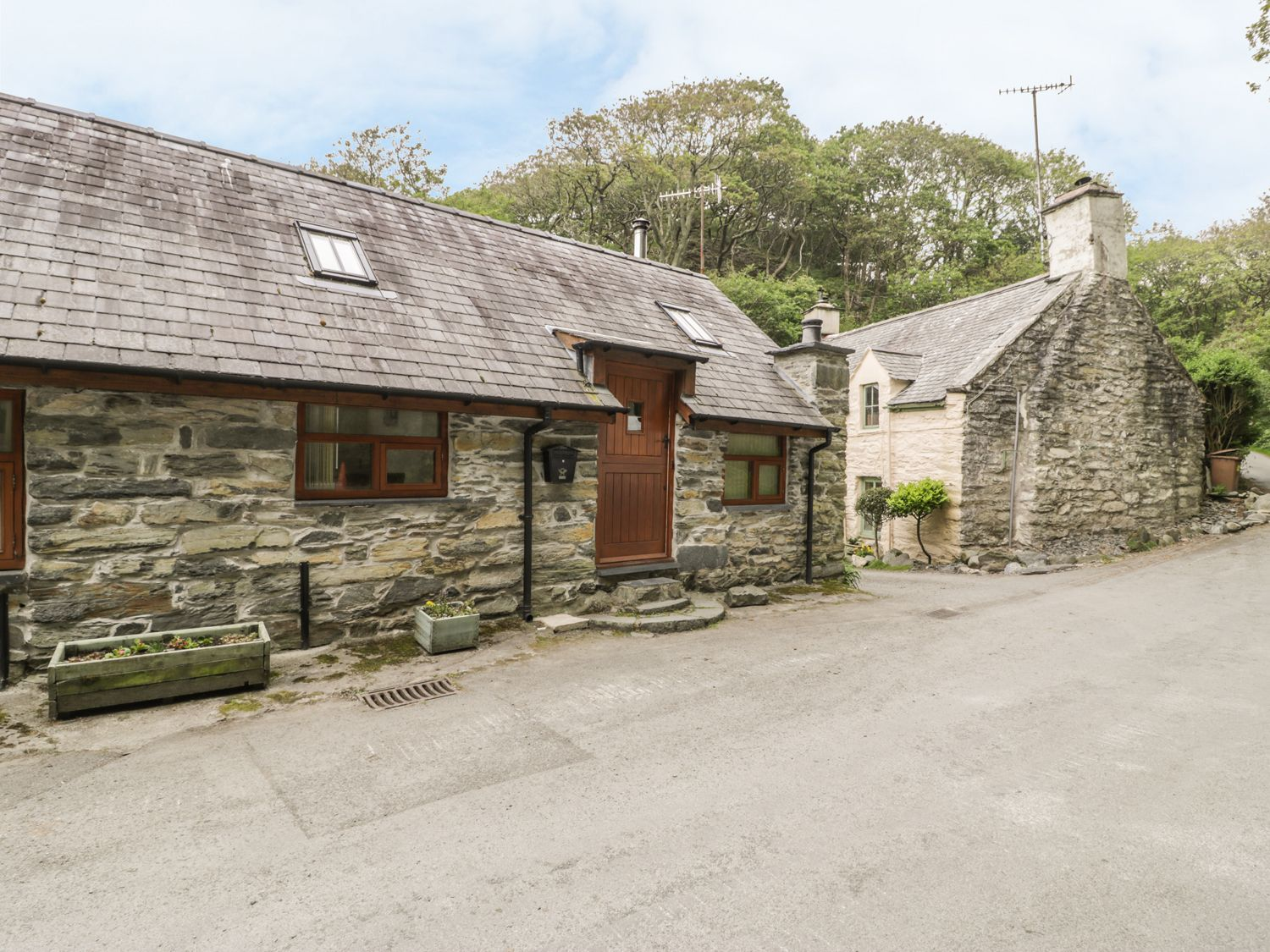 Hendoll Cottage 1 - North Wales - 916895 - photo 1