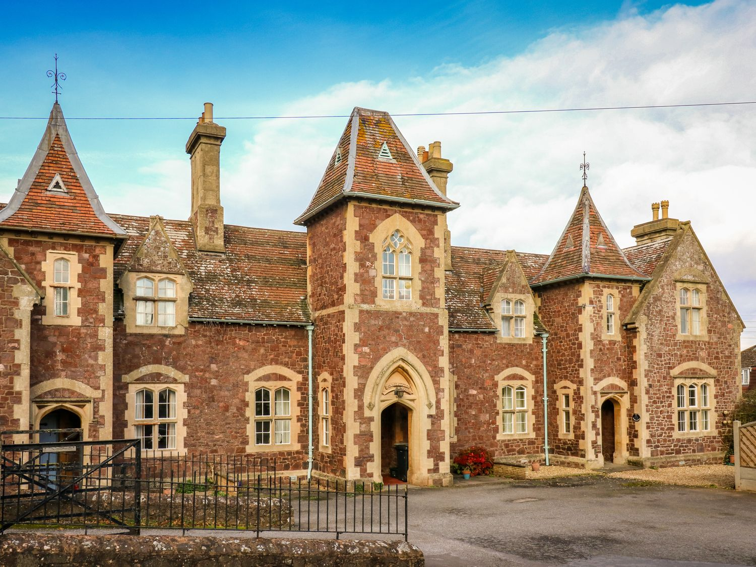 3 Old Police Station - Somerset & Wiltshire - 931999 - photo 1