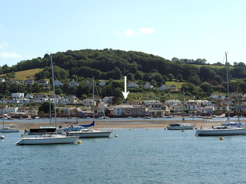 The Dolphins - Devon - 975895 - photo 1