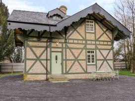 Swiss Cottage - North Ireland - 1002665 - thumbnail photo 1