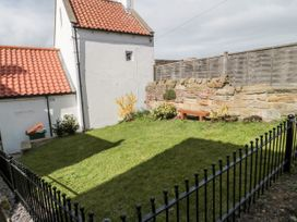 Sunshine Cottage - Whitby & North Yorkshire - 1003472 - thumbnail photo 18