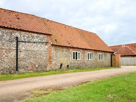 Far Barn - Norfolk - 1005386 - thumbnail photo 2