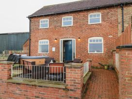 Stable Cottage - Lincolnshire - 1007336 - thumbnail photo 1
