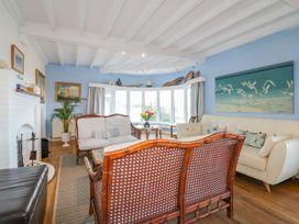 Blue Bay Beach House - Cornwall - 1007604 - thumbnail photo 5