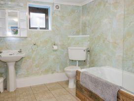 Blue Bay Beach House - Cornwall - 1007604 - thumbnail photo 35