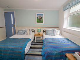 Blue Bay Beach House - Cornwall - 1007604 - thumbnail photo 36