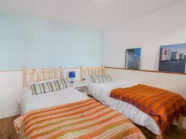 Blue Bay Beach House - Cornwall - 1007604 - thumbnail photo 40