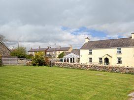 Plas Cefn Mawr - Anglesey - 1008976 - thumbnail photo 1