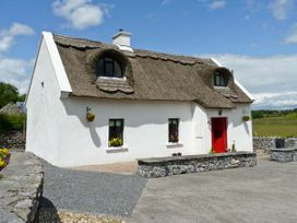 Ballyglass Thatched Cottage - North Wales - 10139 - thumbnail photo 1
