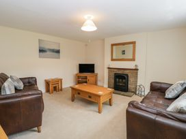Pine Cottage - Whitby & North Yorkshire - 1014899 - thumbnail photo 3