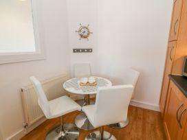 Apartment 14 - North Wales - 1015002 - thumbnail photo 9