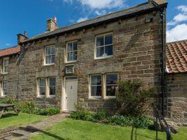 Wheatsheaf Cottage - Whitby & North Yorkshire - 1015660 - thumbnail photo 1