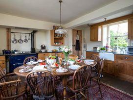 Wheatsheaf Cottage - Whitby & North Yorkshire - 1015660 - thumbnail photo 4
