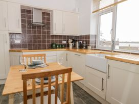 8 Mere View Avenue - Whitby & North Yorkshire - 1016901 - thumbnail photo 12