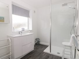 8 Mere View Avenue - Whitby & North Yorkshire - 1016901 - thumbnail photo 19
