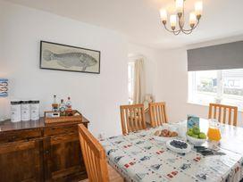 Crows Nest - Rhosneigr - Anglesey - 1017074 - thumbnail photo 17