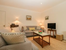 1A Erneston Crescent - Somerset & Wiltshire - 1018150 - thumbnail photo 4