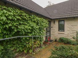 1A Erneston Crescent - Somerset & Wiltshire - 1018150 - thumbnail photo 1