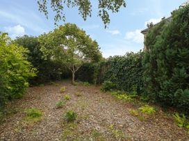 1A Erneston Crescent - Somerset & Wiltshire - 1018150 - thumbnail photo 27