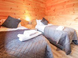 Bryn Eiddon Log Cabin - Mid Wales - 1018963 - thumbnail photo 24