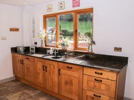 Dingle Cottage - Shropshire - 1020399 - thumbnail photo 16