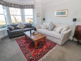 Whinstones at 4 The Villas - Northumberland - 1021325 - thumbnail photo 4