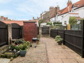 Little Daisy Cottage - Whitby & North Yorkshire - 1021348 - thumbnail photo 15