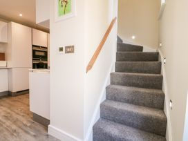 4 Loveday Mews - Cotswolds - 1022261 - thumbnail photo 13