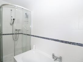 Ground Floor Annexe - Cotswolds - 1024672 - thumbnail photo 18