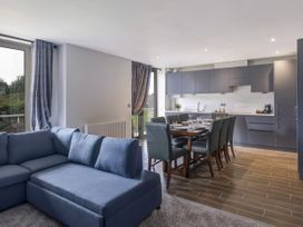 Cotswold Club Apartment (Sleeps 4 in 2 Bedrooms) - Cotswolds - 1037191 - thumbnail photo 2