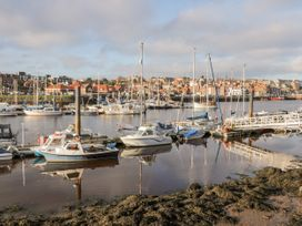 Harbour Sunset - Whitby & North Yorkshire - 1037782 - thumbnail photo 16