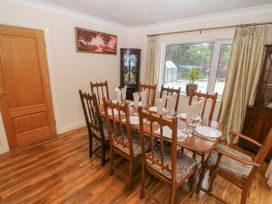 11 Queens Drive - North Wales - 1038287 - thumbnail photo 13