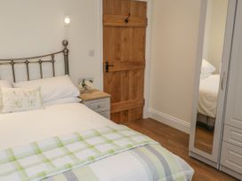 Shipswheel Cottage - Whitby & North Yorkshire - 1039012 - thumbnail photo 8