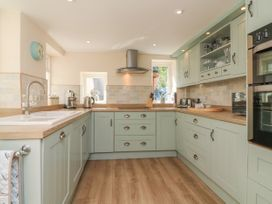 3 Lowerbourne Terrace - Somerset & Wiltshire - 1039481 - thumbnail photo 10
