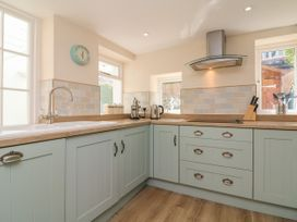 3 Lowerbourne Terrace - Somerset & Wiltshire - 1039481 - thumbnail photo 11