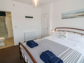 Breeze Cottage - Anglesey - 1040692 - thumbnail photo 6